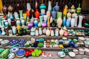 http://binhtra.vn/www/thumbs/thumb_a-corner-of-Bat-Trang-ceramic-village_adaptiveResize_296_197.jpg